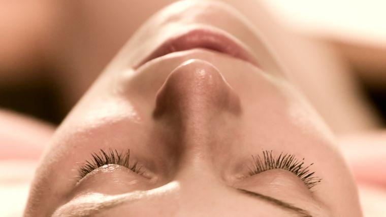 eyelash_tinting